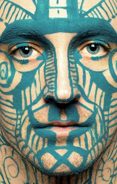 How about having a Celtic face painter at your next party? Art Visage, Maori Tattoo Designs, Maori Tattoos, Sexy Tattoos, Teal Paint, Too Faced, Human Art, Jolie Photo, Interesting Faces