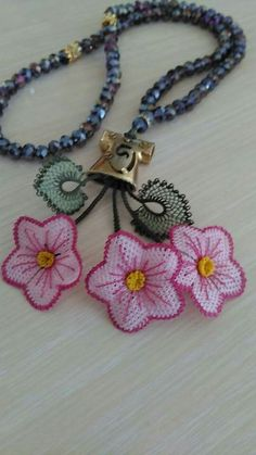 Elsa, Crochet Necklace, Model, Crafts, Jewelry, Fashion, Needlepoint, Moda, Manualidades