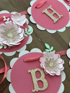 Customizable Name Banner - Personalized name banner - Custom Baby Banner - Photo Prop Banner - Floral Name Banner - Baby Girl Name Banner - - Diy Birthday Banner, Diy Banner, Happy Birthday Banners, Baby Birthday, Cookbook Template, Baby Banners, Baby Shower Decorations For Boys, Diy And Crafts, Home Crafts