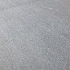 For those looking for a natural take on minimalism, the soft neutral hues of Boston pebble can be used to create a calming minimal tone. These contemporary 600x600mm porcelain slab tiles allow you to seamlessly combine your indoor space with the outdoors. Made using the latest inkjet technology they have an authentic stone effect, without the associated maintenance found with external natural stone.