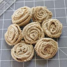 Want to learn to make these, burlap roses!