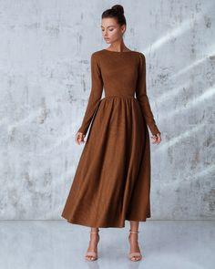 Платье «Классика» миди горчичное, Цена— 23990 рублей