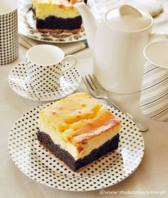 Poppyseed cake with cheese Poppy Seed Cake, Tiramisu, French Toast, Cheesecake, Food And Drink, Sweets, Cooking, Breakfast, Ethnic Recipes