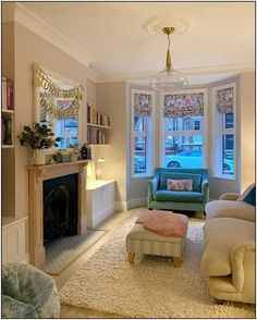 130 enchanting lighting design ideas for living room in your house 18 Bay Window Living Room, Living Room Decor Cozy, Cottage Living Rooms, New Living Room, Living Room Lighting, Living Room Interior, Home And Living, Victorian Terrace Interior, Victorian Living Room