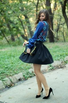 FLORAL AND PLEATS