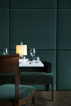Tables in the the emerald-green dining room. #greenroom
