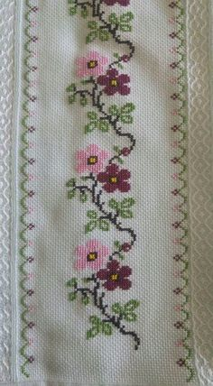 Ribbon Embroidery Kit Daisy DIY Wall Decor New Cross Needle Work Stitch Learning Kit (No Frame)Daisy - Embroidery Design Guide Cross Stitch Letters, Cross Stitch Heart, Cross Stitch Borders, Cross Stitch Flowers, Cross Stitch Designs, Cross Stitching, Cross Stitch Embroidery, Embroidery Patterns, Stitch Patterns