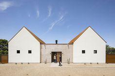 Cool minimalist home in the desert of Arizona | PUFIK. Beautiful Interiors. Online Magazine