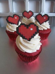Zelda Heart Container cupcakes! Sweet!    Maybe rather than that whole topper trying to incorporate this heart somewhere in the wedding!