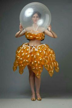Balloon Dress, The Balloon, Art Costume, Folk Costume, Balloon Modelling, Troll Party, Animal Hats, Balloon Animals, Latex Balloons
