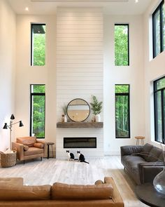 Home Fireplace, Fireplace Remodel, Fireplace Design, Shiplap Fireplace, High Ceiling Living Room, Home Living Room, Dream Home Design, House Design, Minimalist Interior