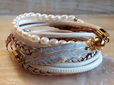 PRETTY Lederarmband - crème-golden Etsy, Bracelets, Leather, Jewelry, Fashion, Beautiful Earrings, Beads, Handarbeit, Moda
