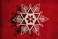 Crocheted free snowflake pattern - other free patterns on same site.