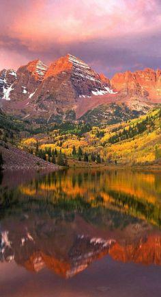 Al aire libre, los colores del otoño se sienten más vivos aún. #Autumn #OtoñoTriples