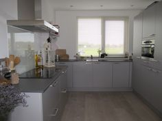 Keukens Zuid Holland : Beste afbeeldingen van grijze keukens grey kitchens