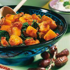 Wie vielseitig Kürbis sein kann sehen Sie an diesem Rezept mit Datteln und Spinat.