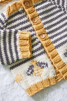 bumble bee sweater-from little coffee bean free download pattern
