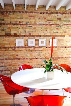 parede tijolo de barro # StephaniBuchman via: www.desiretoinspire.net/blog/2012/5/22/stephani-buchman.html