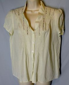 KIMCHI & BLUE Anthropologie size L Large Ivory Off-White Pintuck Button Front  #KimchiBlue #ButtonDownShirt