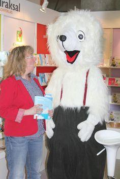 """Klimawandel für Kinder mit dem Buch """"Alarm im Polarmeer"""". Lesung auf der Leipziger Buchmesse. Das Buch überall im Handel http://www.expertenwissen-fuer-alle.de/shop/Starke-Kinder/Alarm-im-Polarmeer.html"""