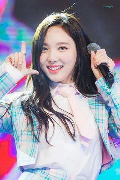 Nayeon = Likey