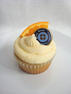 Blue Moon cupcakes with orange frosting. Okay!