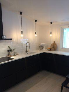 Cheap Home Decor .Cheap Home Decor Galley Kitchen Design, Galley Kitchen Remodel, Kitchen Layout, Interior Design Kitchen, Kitchen Decor, Kitchen Wood, Country Kitchen, Kitchen Cabinets, Kitchen Design Software
