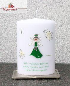 Das Geschenk der Prinzengarde für ihre Karnevalsprinzessin 2017/2018 eine Kerze in schöner Sonderform Pillar Candles, Carved Candles, Communion, Carnavals, Birthday, Wedding, Gifts, Nice Asses, Candles