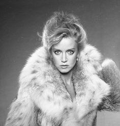 Donna Mills, Fox Fur, Pretty, Fur Coats, Lynx, Furs, Pictures, Photos, Women