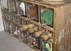 kryddhylla - BARONESSAN viskar i vinden: Tulpaner och toarullshållare