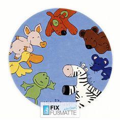 """Runder Kinderteppich """"Die Lieben Sieben"""" in blau. Dieser Teppich ist handgetuftet und das Florgarn besonders dicht und weich. Natürlich mit Öko-Tex-Standard 100 Zertifikat."""