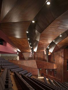 Lyric Theater / O'Donnell + Tuomey © Dennis Gilbert