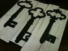 White Washed Vintage Inspired Skeleton Key Wall Decor - Upcycled Reclaimed Wood Planks - Pottery Barn  Inspired - Home Decor. via Etsy.