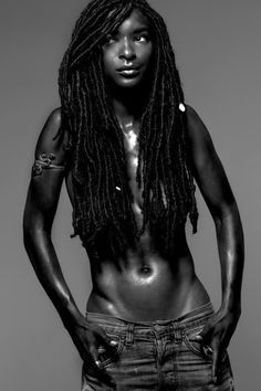 Dreads like this. Dreads, Goddess Locs, My Black Is Beautiful, Beautiful People, Beautiful Women, Beauty Skin, Hair Beauty, Pure Beauty, Black Beauty