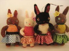 Needle felted bunnies