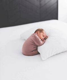 Baby boy newborn photography ideas sons Ideas for 2019 Newborn Baby Photos, Newborn Baby Photography, Newborn Pictures, Baby Boy Newborn, Baby Pictures, Family Photography, Photography Ideas, Baby Gap, Baby Boys