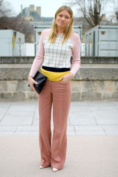 Paris Street Style Trend Report- How to Wear Sophisticated Pastels http://www.focusonstyle.com/fashion/paris-street-style-trend-report-how-to-wear-sophisticated-pastels/