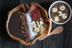 Açai Berry Bowl [nutritionstripped.com]