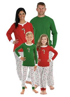 Holiday matching family pajamas for mom 8c00a44c0