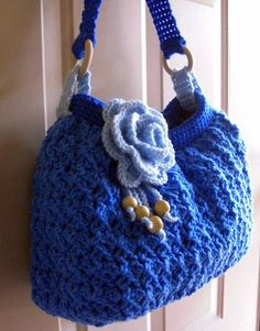 crochet bag, I would want it in black, brown, or beige, but I love this, who can crochet it for me...please....