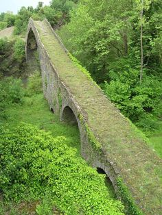Tsipiani-Brücke, Ioannina,  Epirus, Greece Beautiful World, Beautiful Places, Walk For Life, Seasons In The Sun, Old Bridges, Where Did It Go, Bridge Design, Over The River, Albania