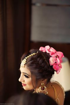 "Photo from album ""Wedding photography"" posted by photographer Alifstudio Bun Hairstyles, Wedding Hairstyles, Bridal Hairstyle, Wedding Preparation, Indian Designer Wear, Mehendi, Wedding Photography, Flower Jewelry, Album"