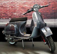 Vespa PX 125 Streetrod Edition No5                                                                                                                                                     Más