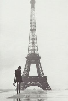 #Twiggy in #Paris, 1967.