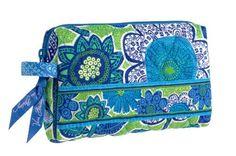 Vera Bradley Small Cosmetic Bag in Doodle Daisy Vera Bradley. $22.00