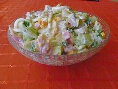 Eier-Lauch-Salat Egg and leek salad, a nice recipe with image from the category cold. 6 ratings: Ø Tags: eggs … Healthy Pasta Recipes, Healthy Pastas, Meat Recipes, Cucumber Salad, Chicory Salad, Spinach Benefits, Grilling Recipes, Chefs, Healthy Recipes
