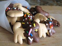fun-animal-cracker-recipe-chocolate-dipped
