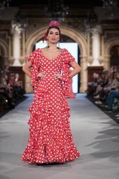 Mónica Mendez - We Love Flamenco 2018 - Sevilla Red And White, Manila, Vintage, Style, Dresses, Fashion, Pants, Clothing, Polka Dot