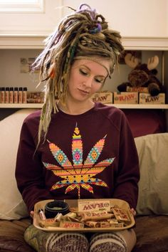 We Love Hippie Chicks! ☮ ❤ ॐ