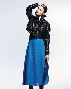 Learn how to drape a flare skirt: http://www.universityoffashion.com/lessons/flared-skirt-straight-grain-center/